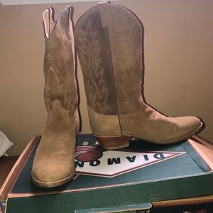 Tan Suede Diamond Jay Boots